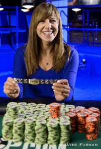 Canada Female Poker Player Kristen Bicknell wins 2016 WSOP Bracelet