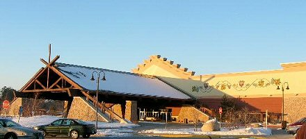 Locals Casino, Northern Lights - Little casinos better for gaming