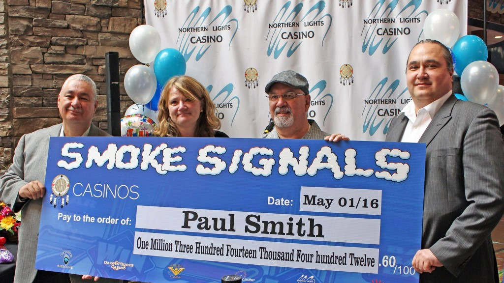 Paul Smith wins Smoke Signals Slots Jackpot